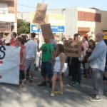 Una setentena de persones impedeixen la recollida d'aliments racista de Pxc a Manresa
