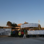 Un centenar de persones es concentren contra la visita d'Artur Mas a Manresa