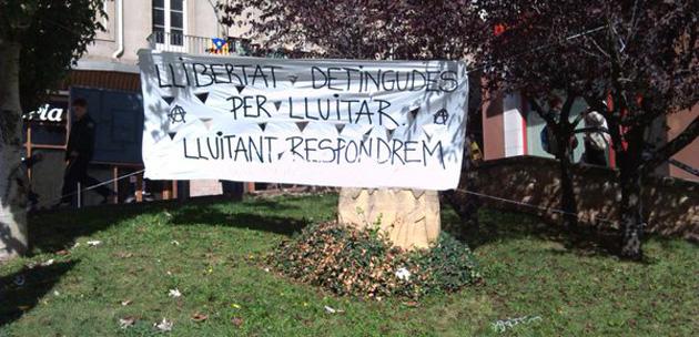 pancartaBergadetenciosoct15